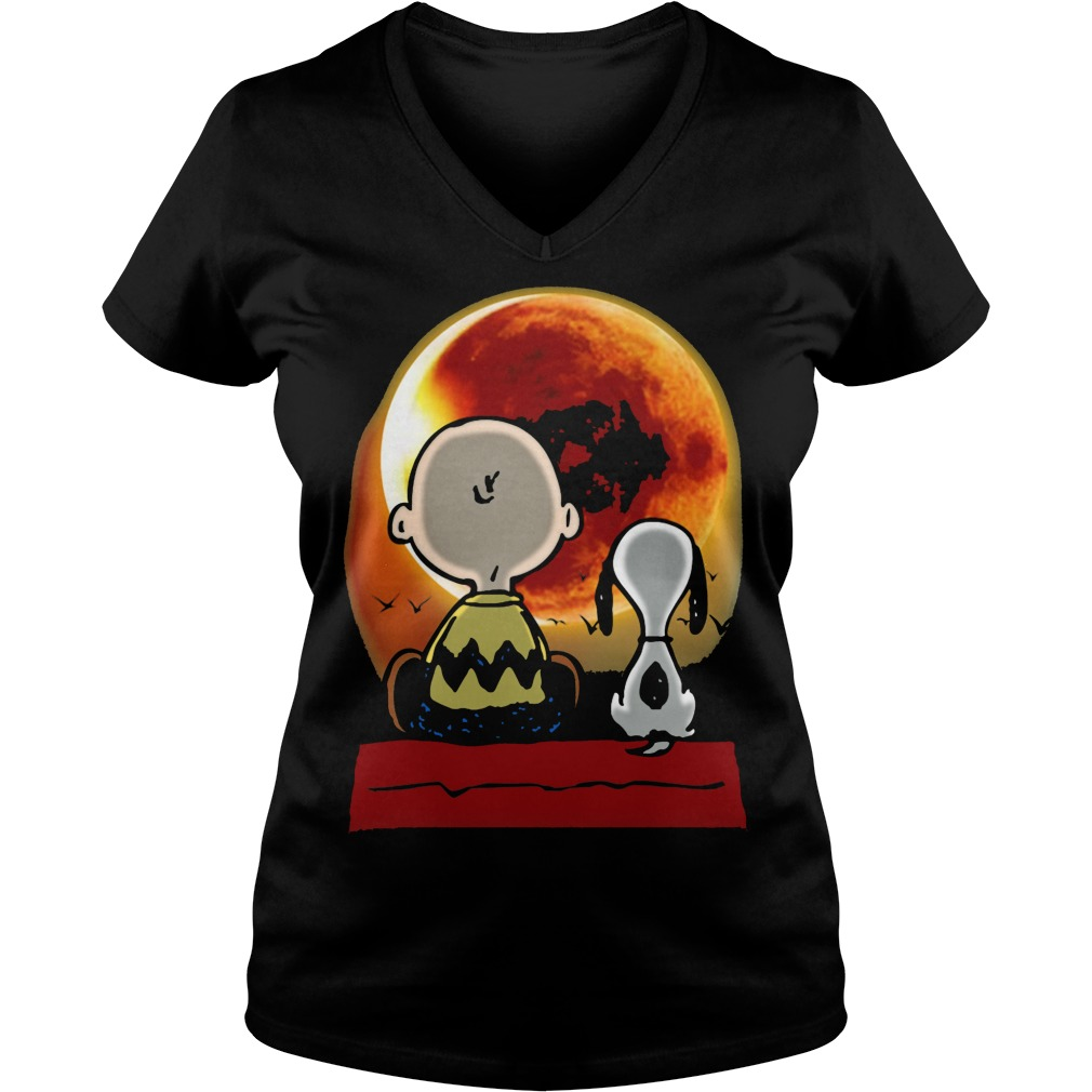 Snoopy and Charlie Brown at Solar Eclipse 2017 Ladies v-neck t-shirt
