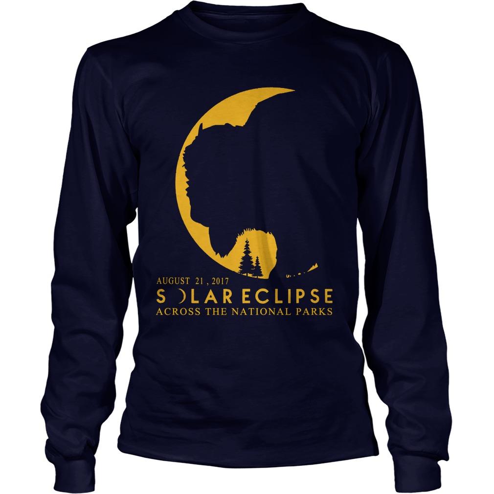 Solar eclipse 2017 across National Parks Longsleeve t-shirt