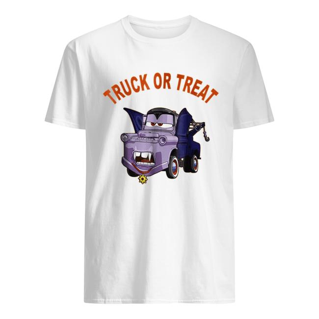 Disney Pixar Cars 2 Mater Vampire Halloween Graphic  Classic Men's T-shirt