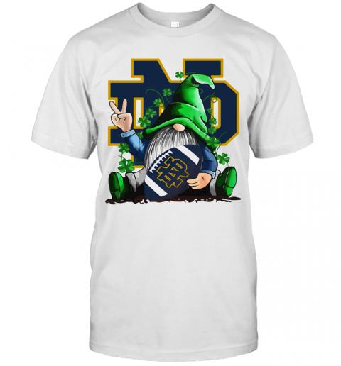 Gnomes Lucky Hug Notre Dame Fighting Irish T-Shirt Classic Men's T-shirt