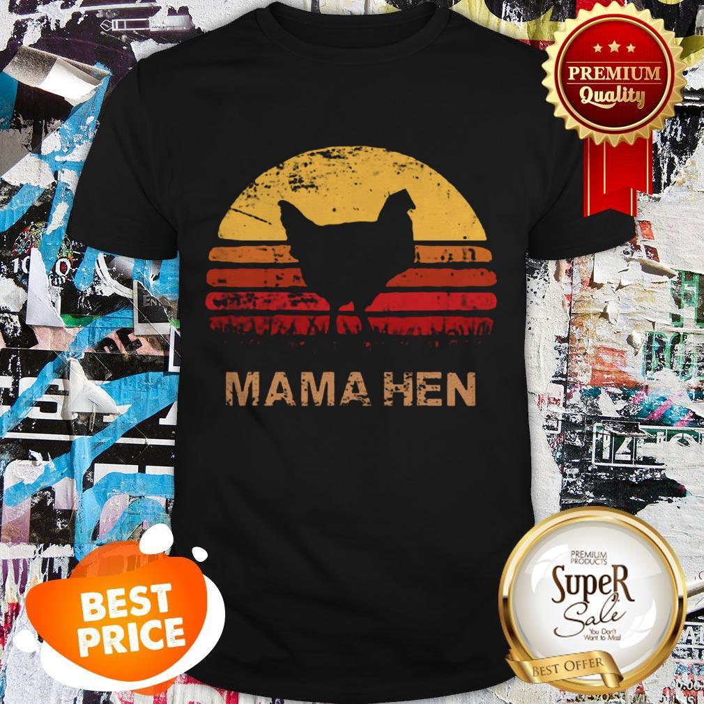 Nice Retro 70s Sunset Vintage Mama Hen Chicken Shirt