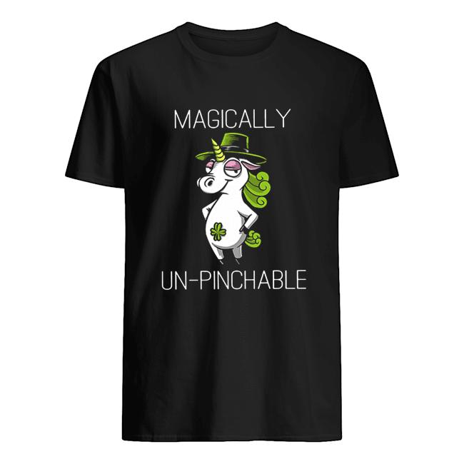 Unicorn St Patrick's Day Magically Unpinchable  Classic Men's T-shirt