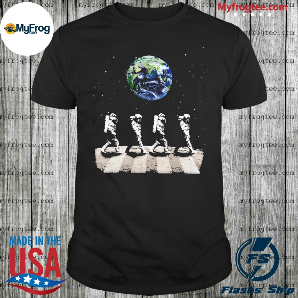 Astronaut Walk On The Moon Shirt
